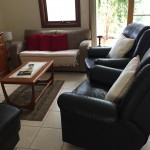 Lounge with two leather recliners